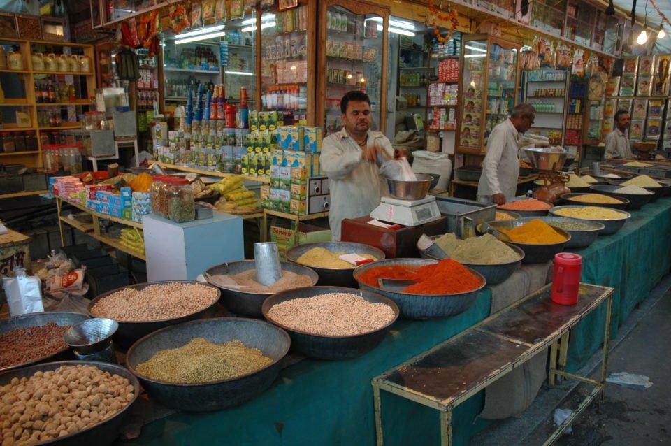 local-kirana-shop-india