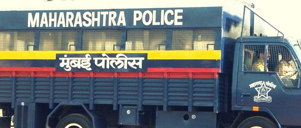 Mumbai_Police_Van